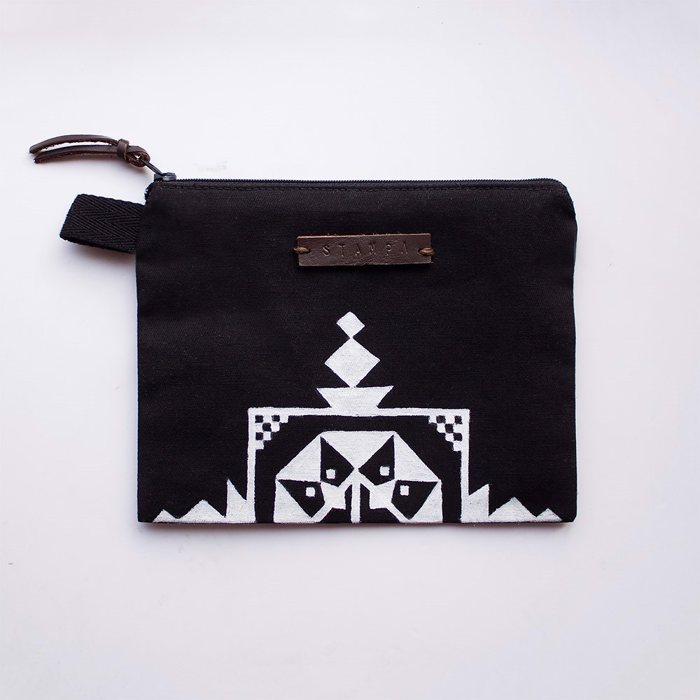 Picture of Black Еmbroidery Zipper Pouch