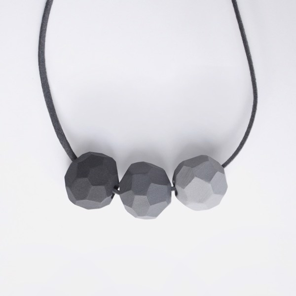 Picture of Grey Necklace 'Builder'