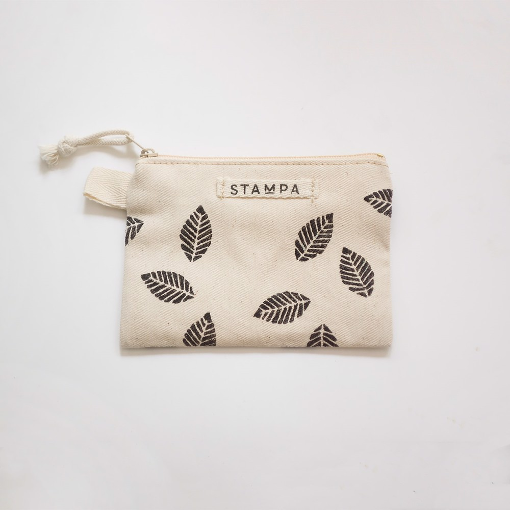Picture of Small Leaves Zipper Vegan Pouch