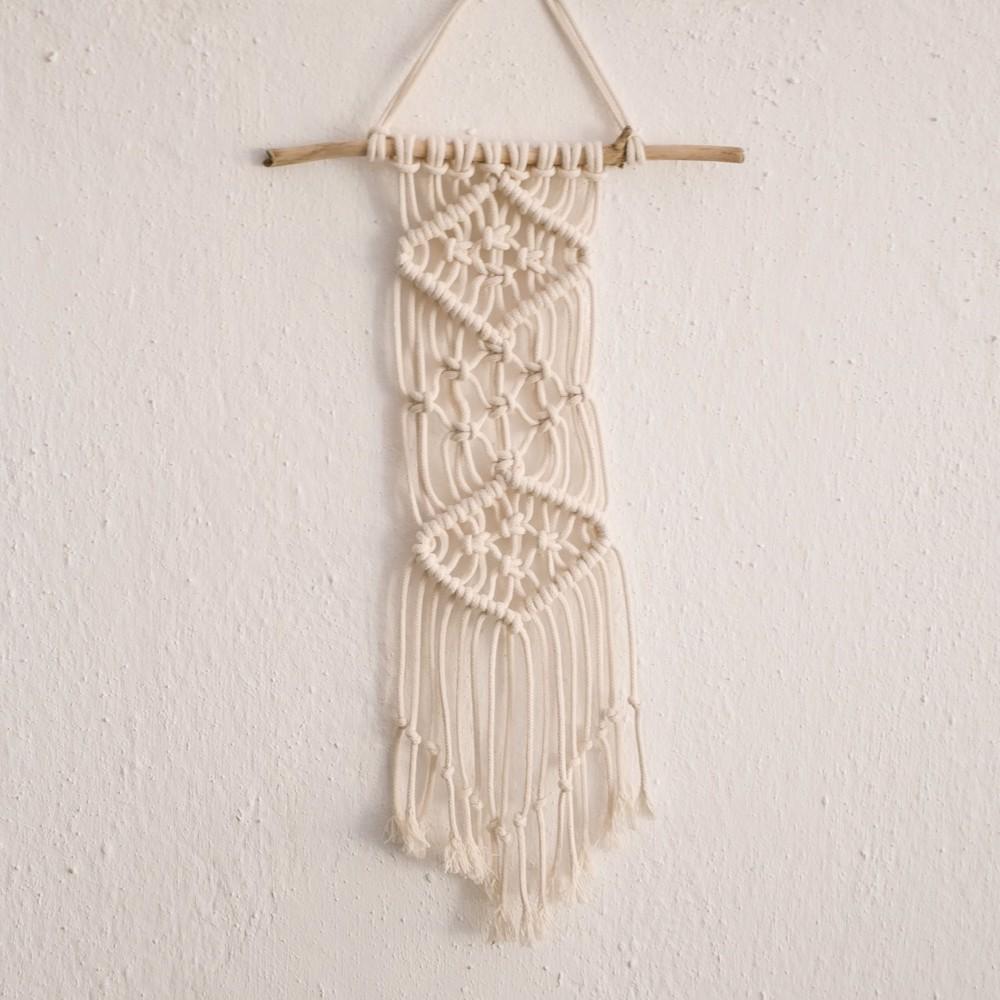 Снимка на Макраме декорация за стена - памук и дърво