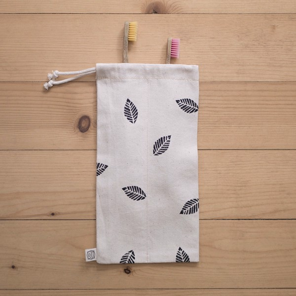 Picture of Tooth Accessories Travel Pouch with leaves
