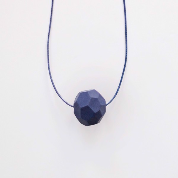 Picture of Small Deep Ocean Necklace 'Stones'