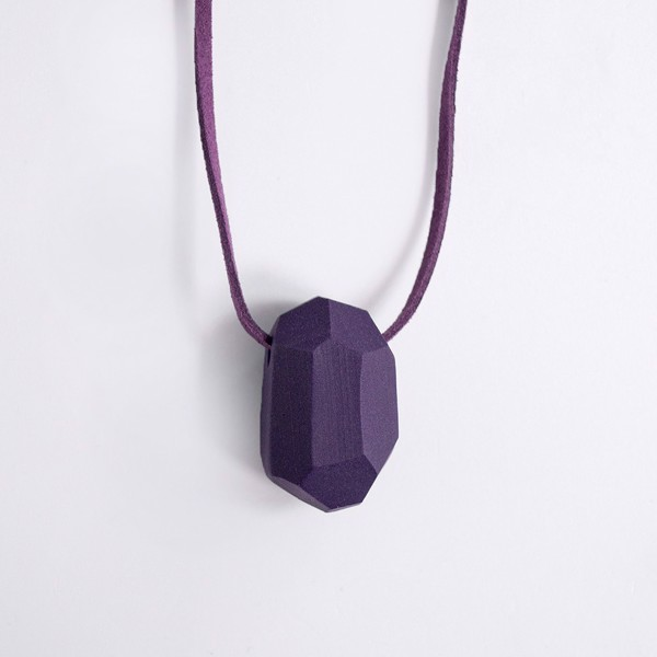 Picture of Eggplant Necklace 'Stones'