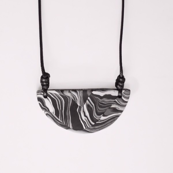 Picture of Marble Halfmoon Necklace 'Surfaces'