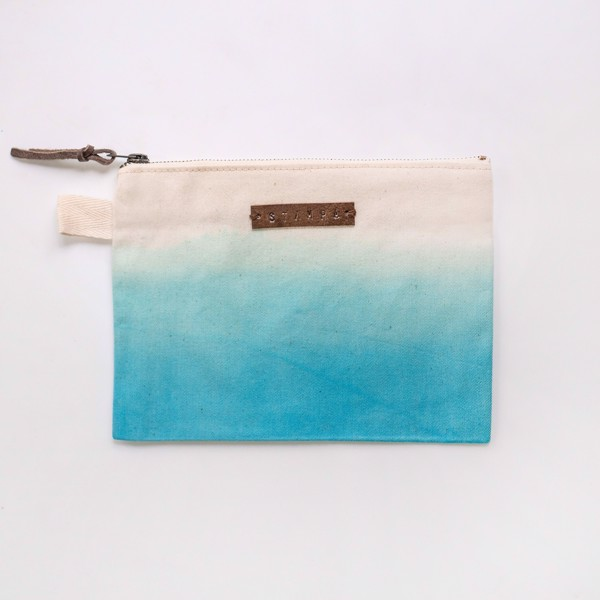 Picture of Turquoise Gradient Zipper Pouch
